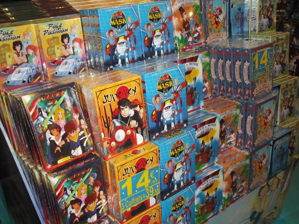 Vous pouvez également faire du shopping et acheter les séries de votre enfance :)