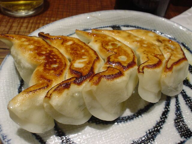 gyoza potstickers gyoza japanese pan fried dumplings kare gyoza ...