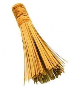 La brosse en bambou est un indispensable pour votre wok