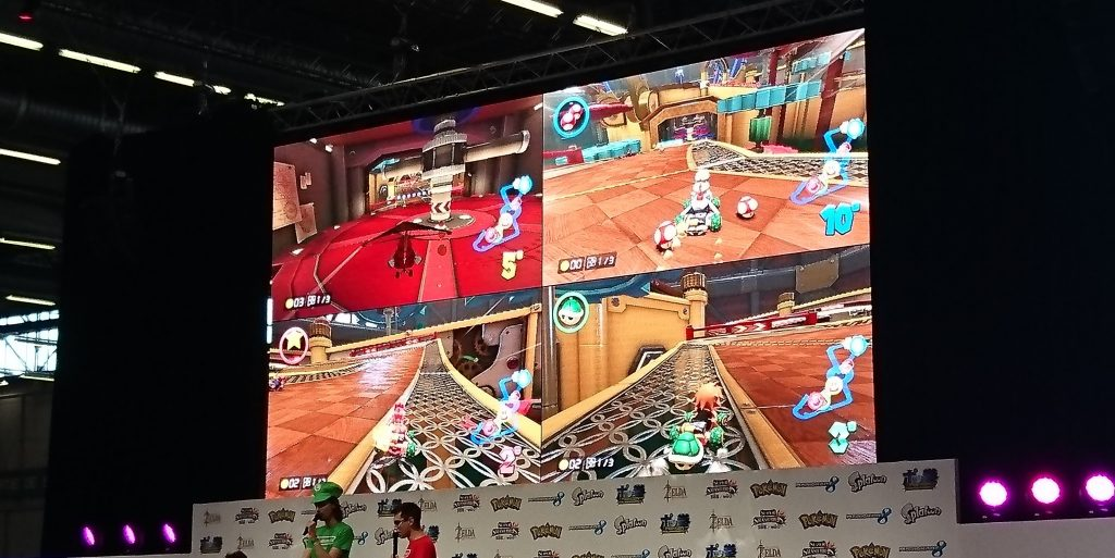 Le stand Nintendo était le plus grand de la Japan Expo. Ici c'est compétition de Mario Kart
