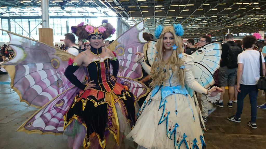 Mon cosplay favori du jour : Cosplay Faeries de Ledroit. Les ailes étaient mécaniques et pouvaient bouger !