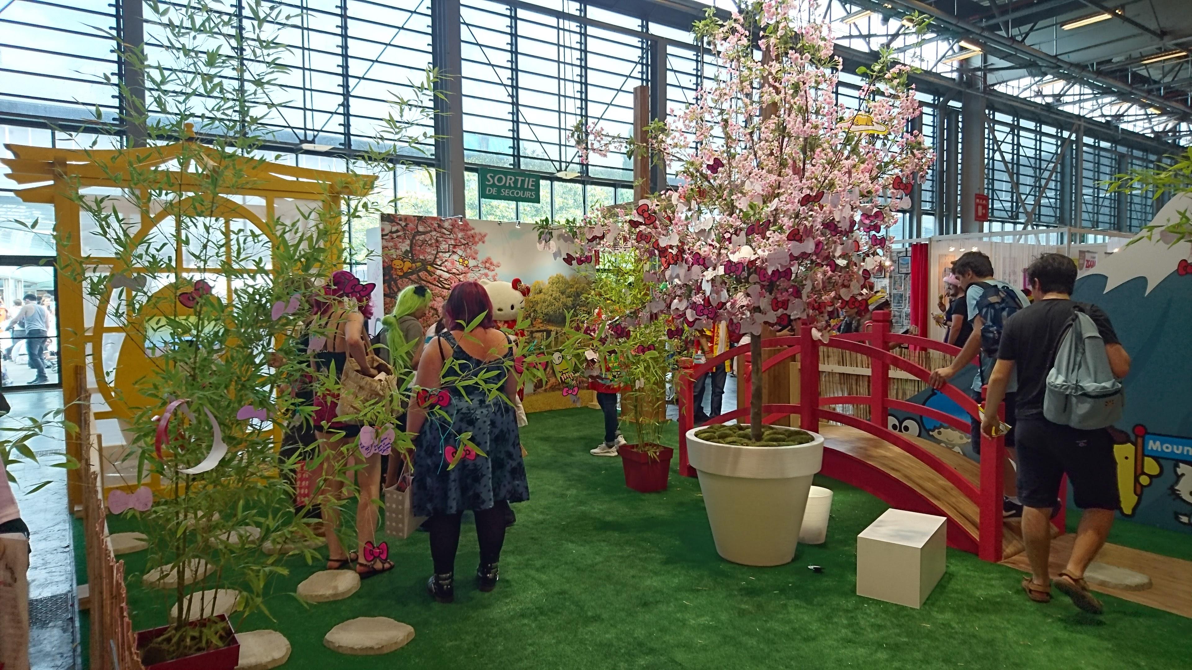 Japan expo jardin hello kitty matcha et sakura for Exposition jardin paris 2016
